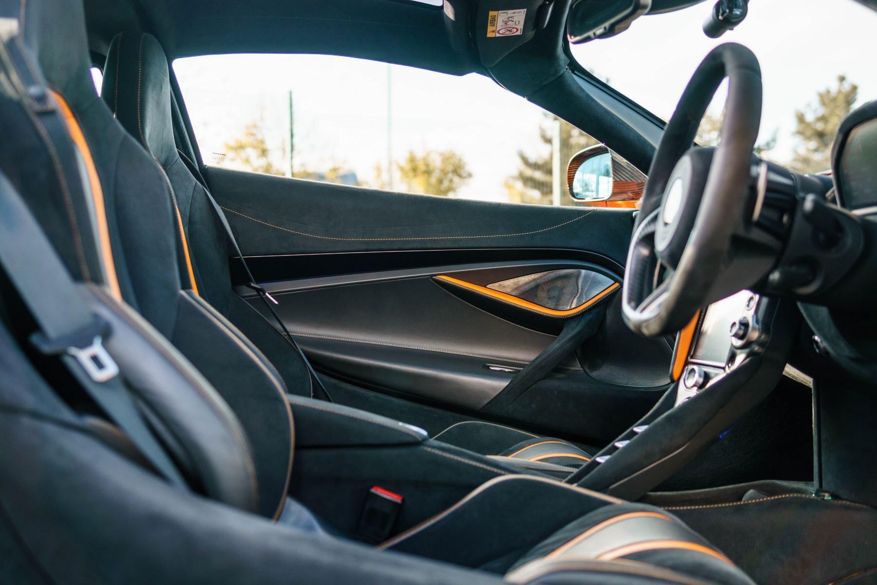 McLaren 720S V8 2dr SSG PERFORMANCE image 52
